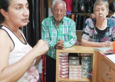 Viviendo Chispa DM en un almacen Cucuta Colombia